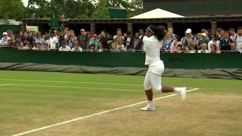 Serena Williams on the practice court