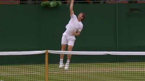 Andy Murray on the practice court