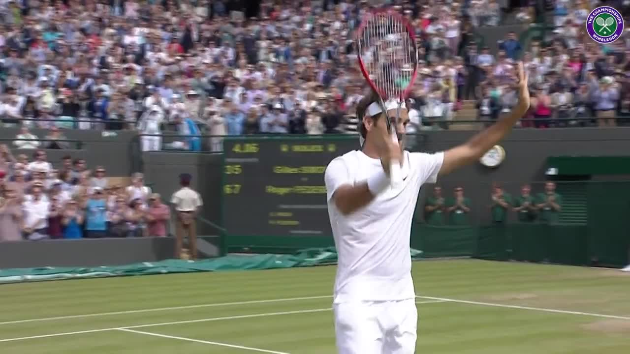 Triumphant Federer soaks up the applause