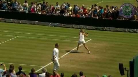 Maria Sharapova on the practice court