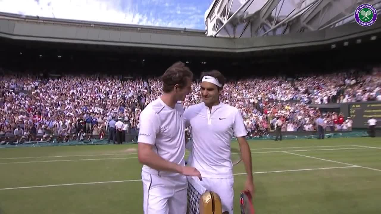 Murray congratulates flawless Federer
