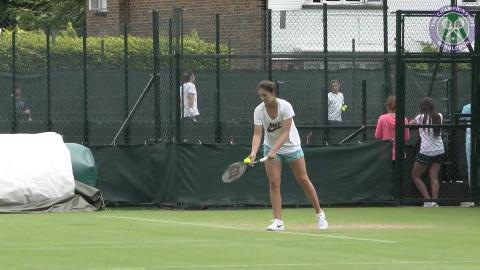 Laura Robson back at practice after injury