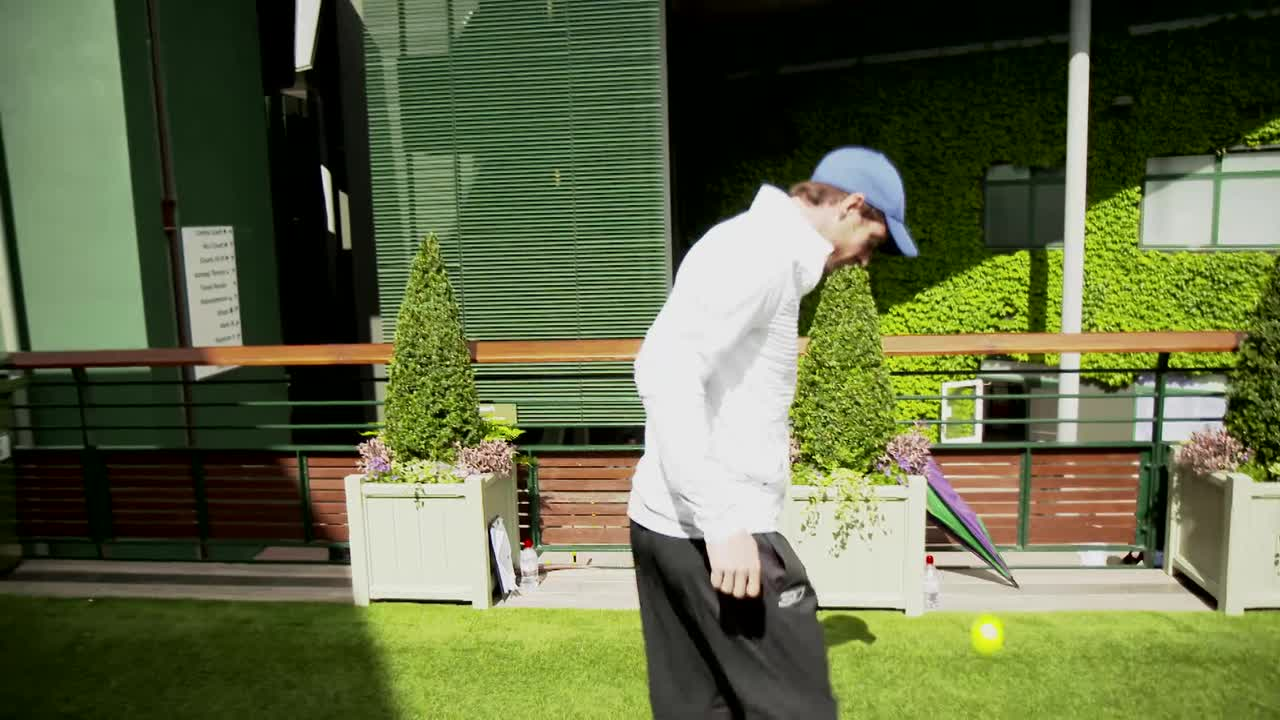 Top players show off their #wimbleskills