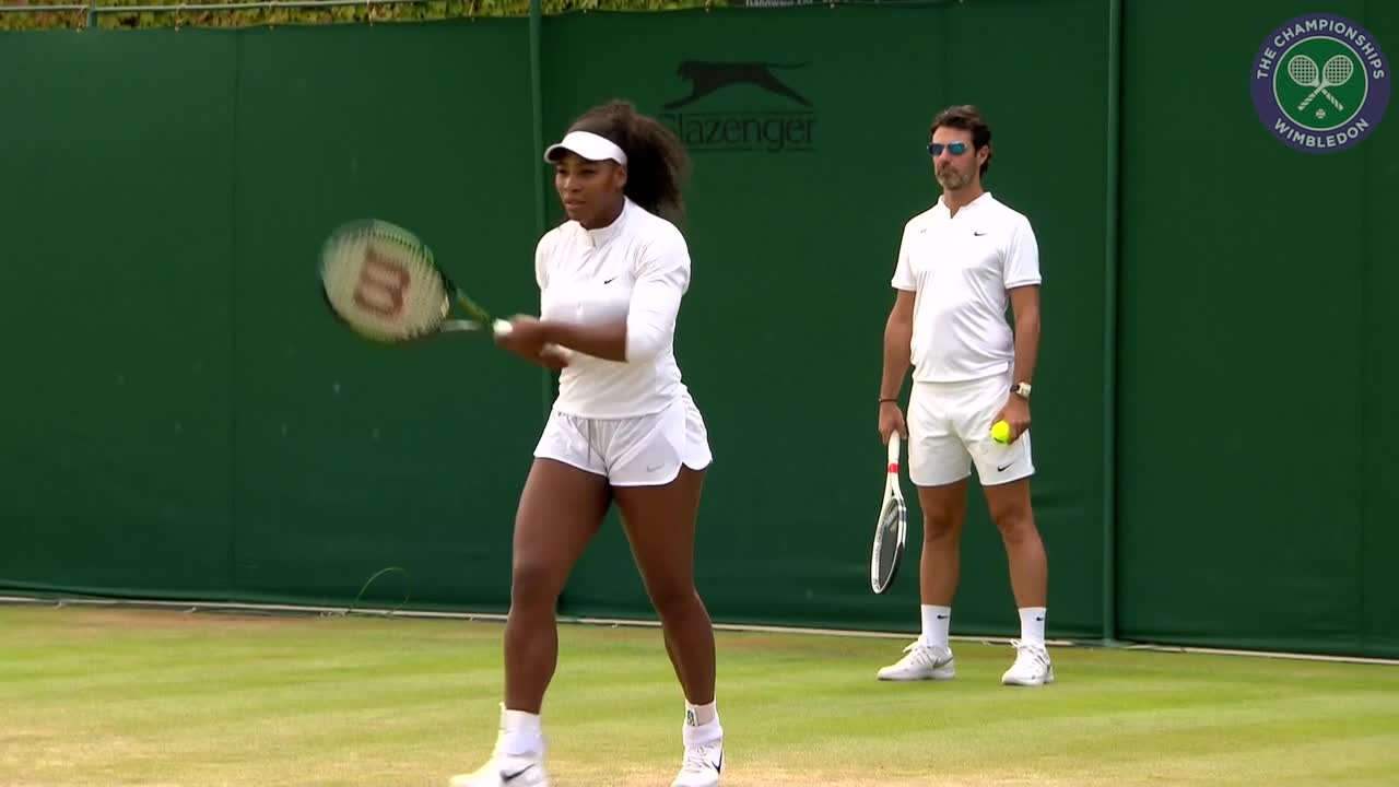 Serena Williams warms up ahead of Middle Sunday third round match