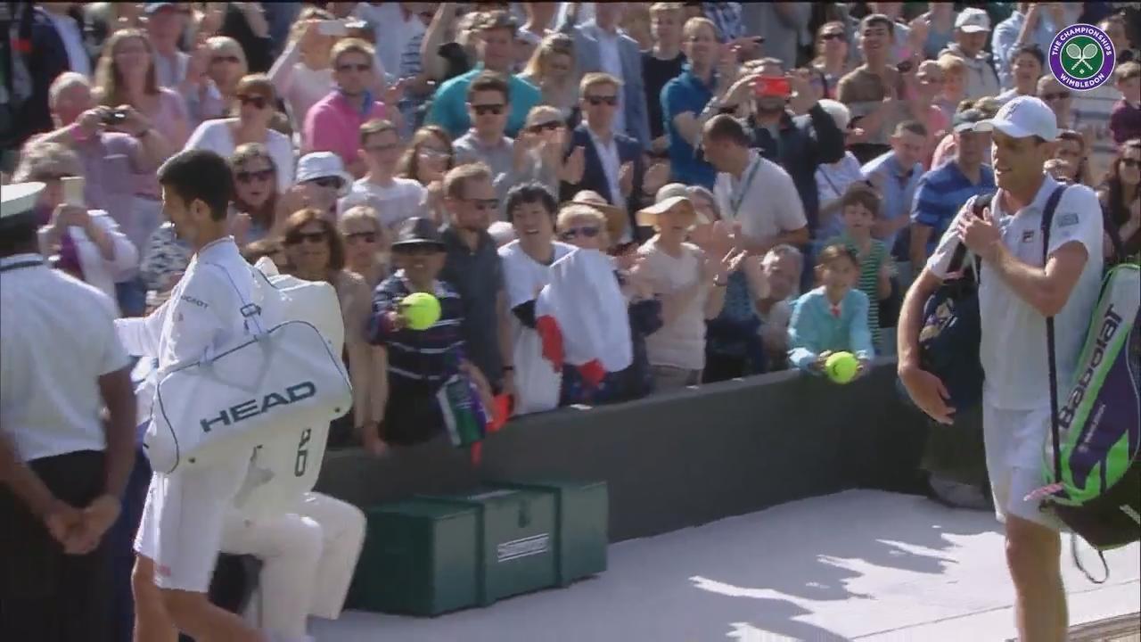 Djokovic signs autographs after Querrey loss