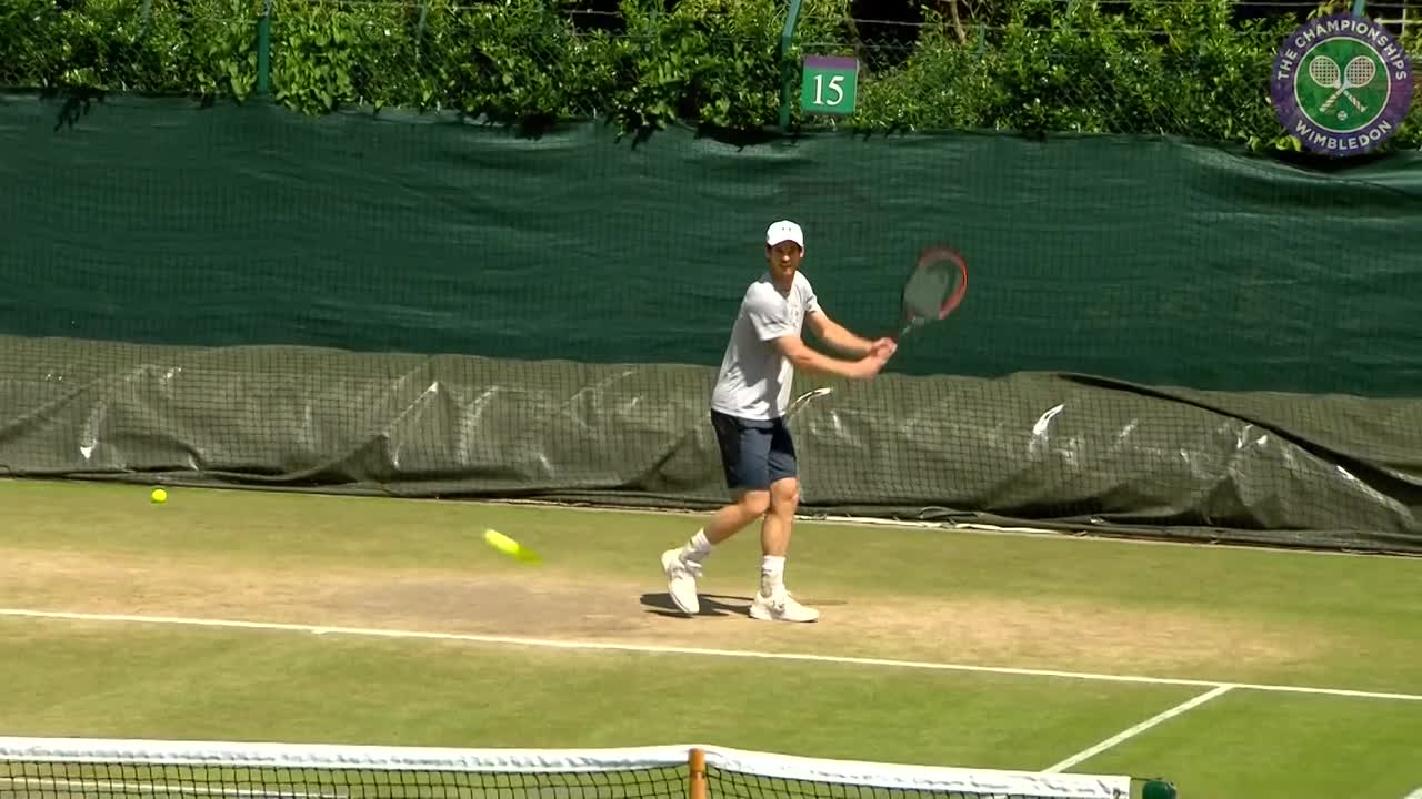Murray on practice court ahead of quarter-final Tsonga battle