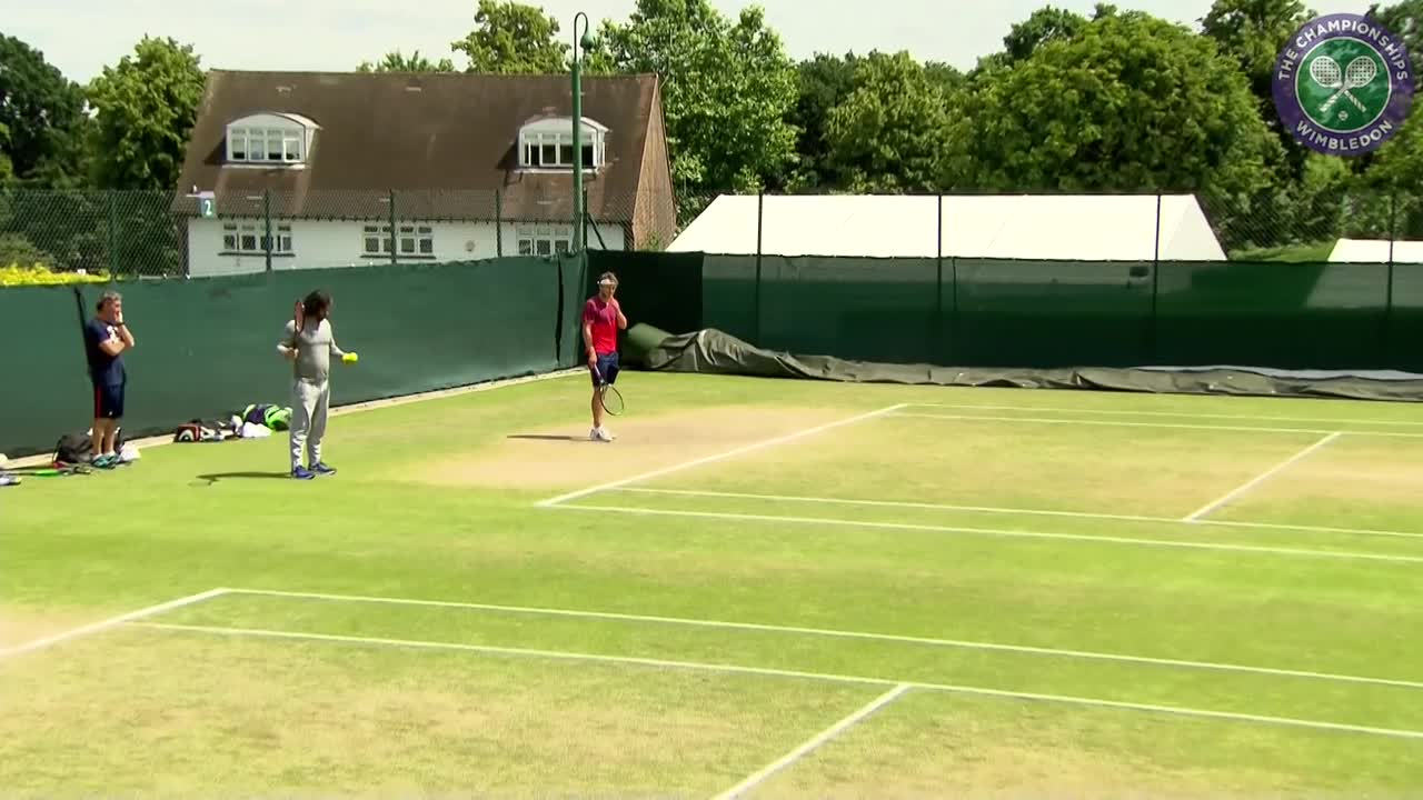 Tsonga and Pouille practice ahead of quarter-final matches