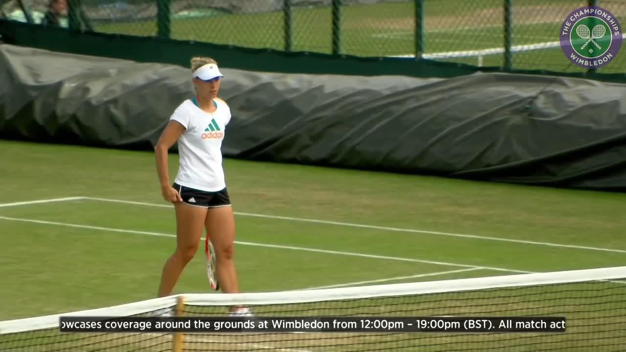 Angelique Kerber prepares for semi-final battle with Venus Williams