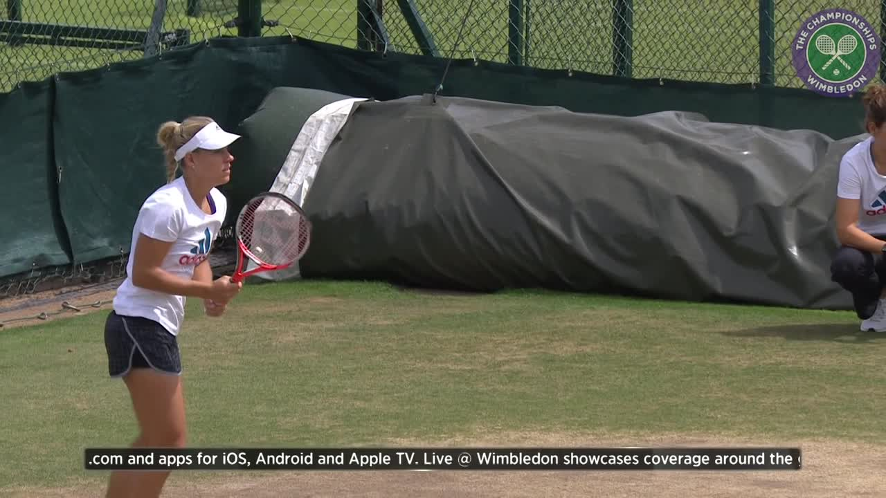 Angelique Kerber warms up ahead of Wimbledon final with Serena Williams