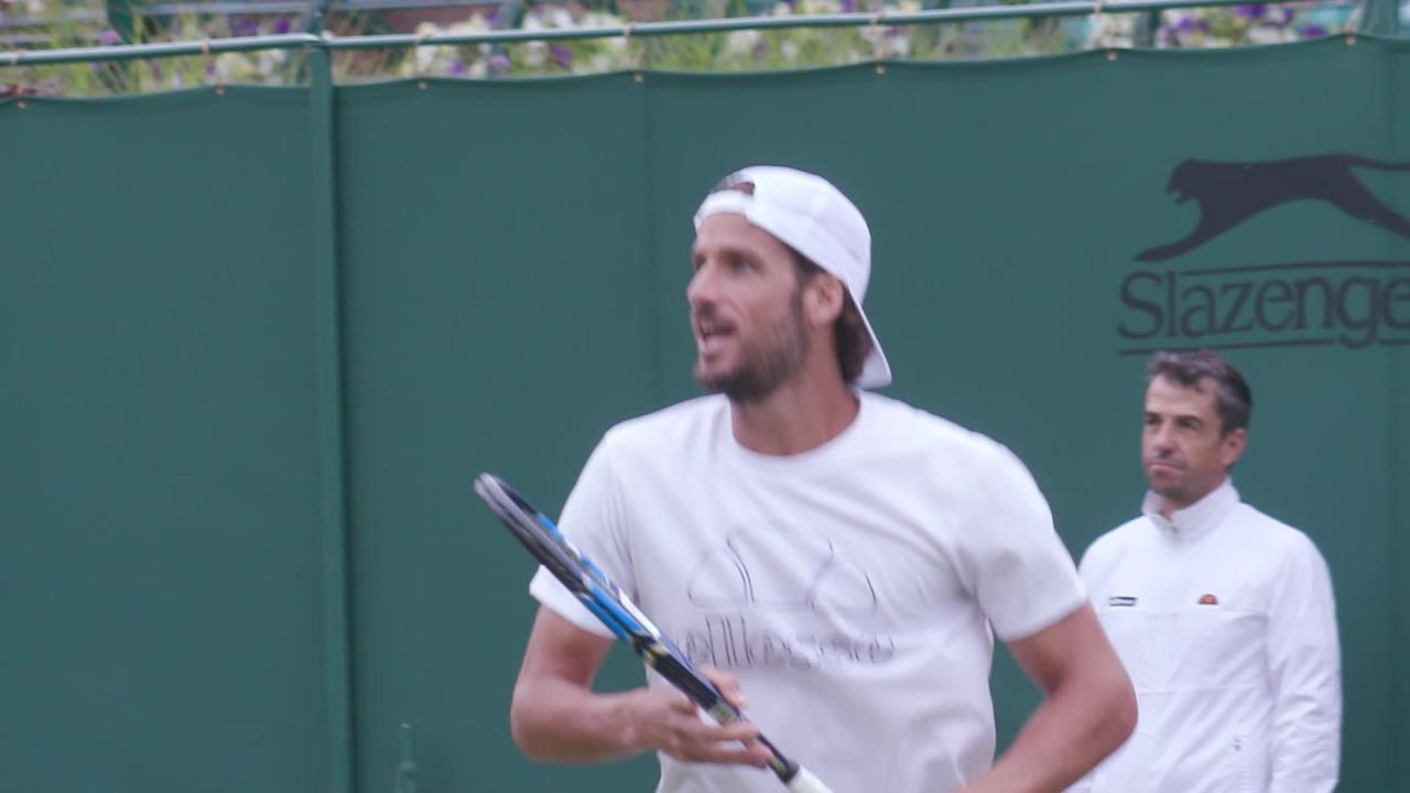 Kyrgios and Lopez hit together