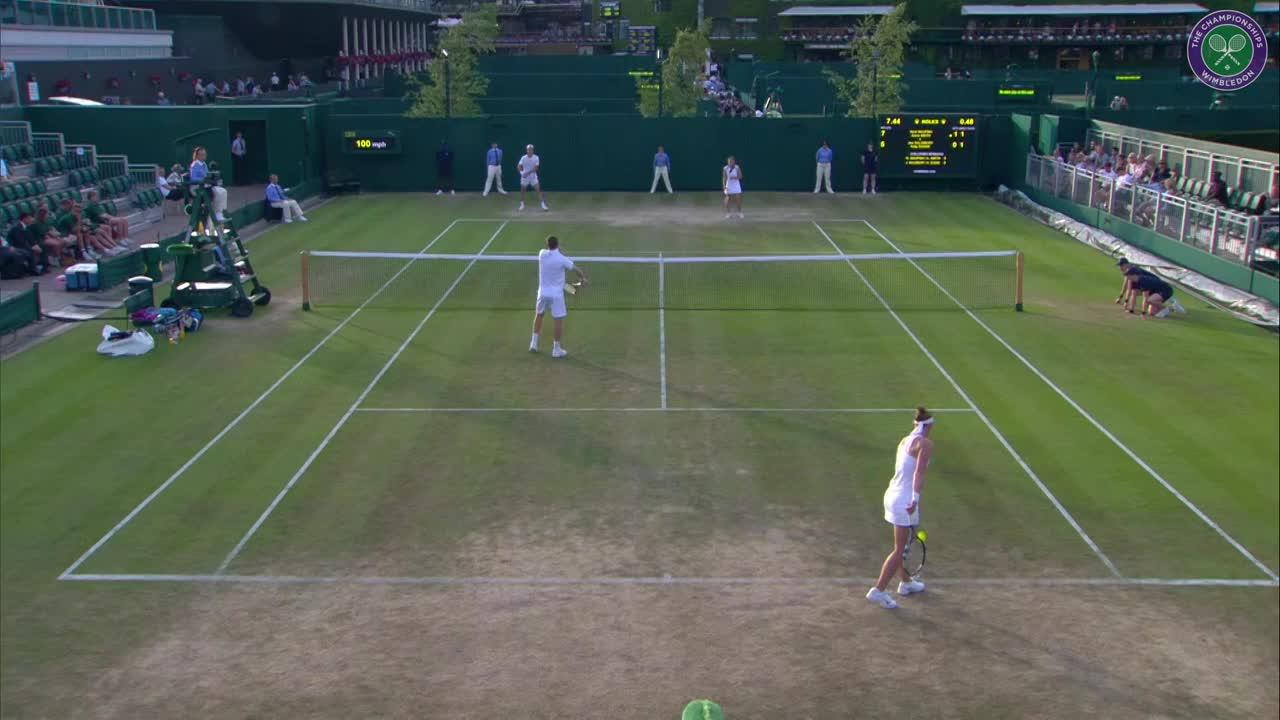 Incredible doubles point: From Row A to a volley winner
