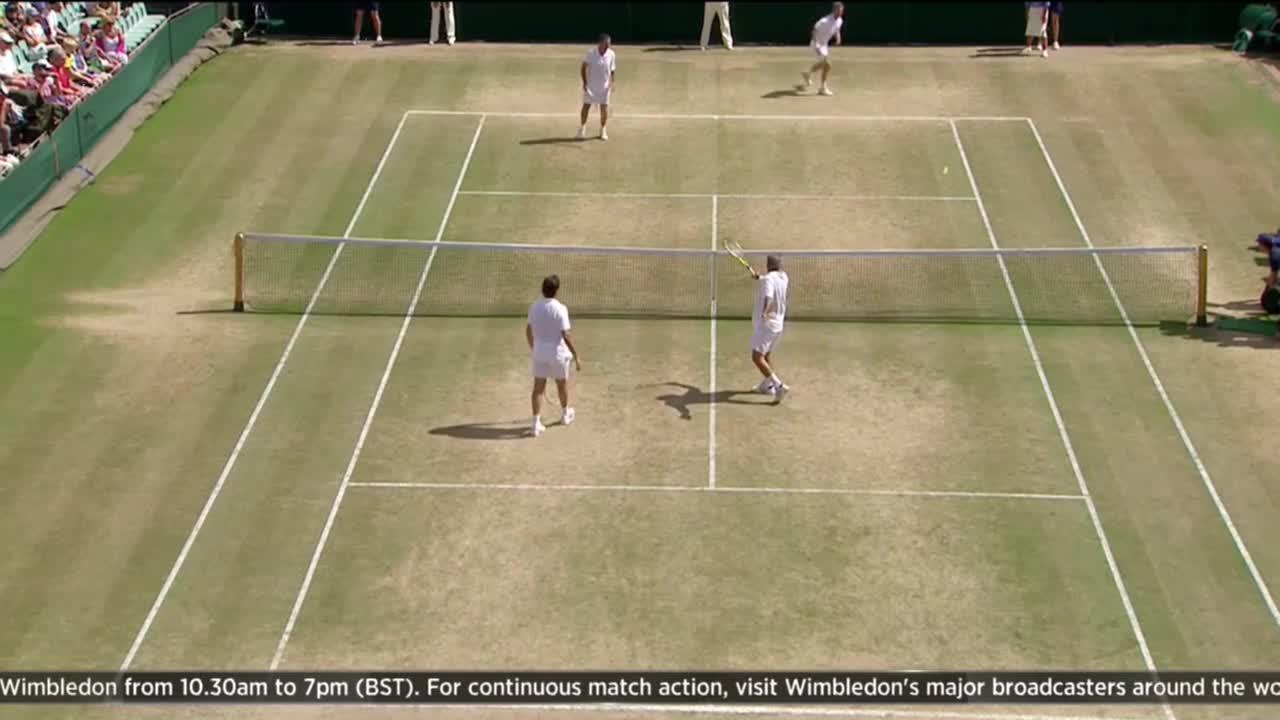 Master magician Mansour Bahrami visits the Wimbledon Channel