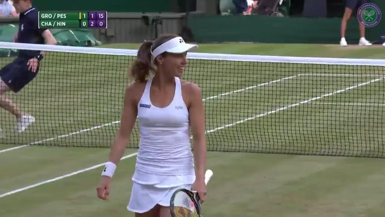 Chan & Hingis win epic point in ladies' doubles