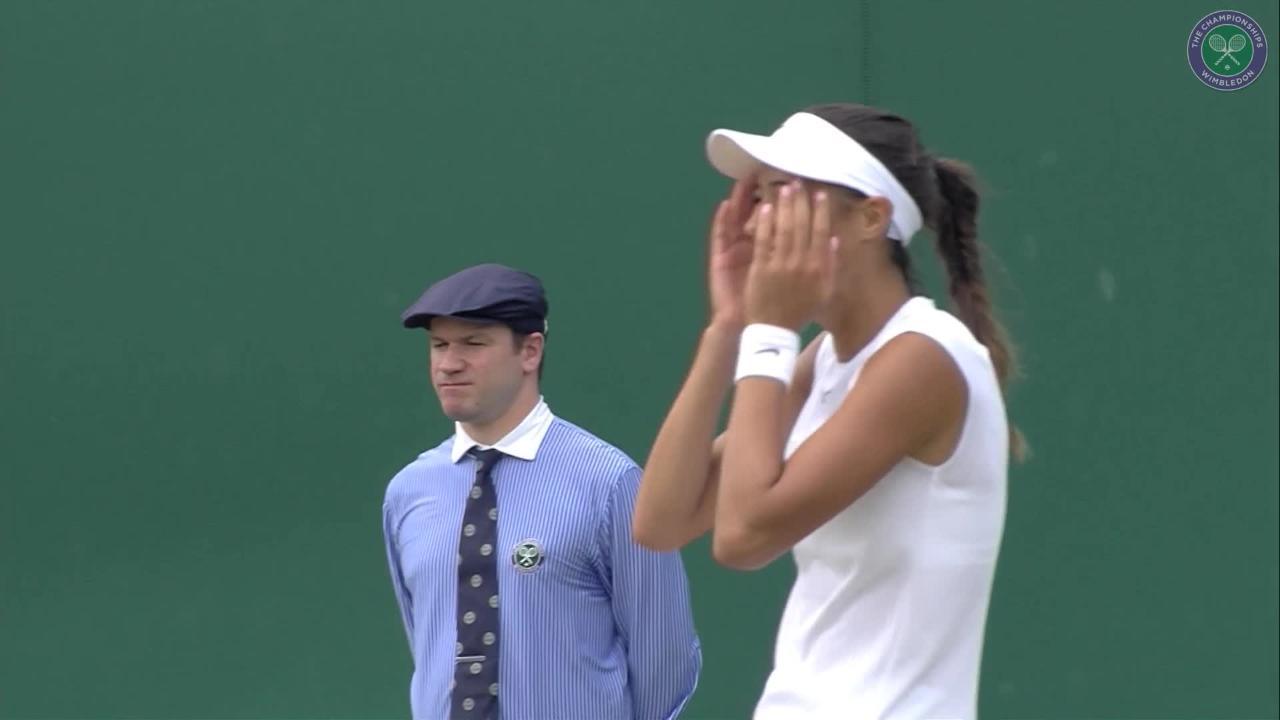 Danilovic & Juvan celebrate winning girls' doubles